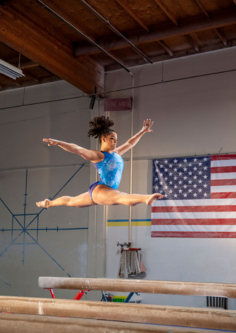 """World champion gymnast, Laurie Hernandez, partners with Alcon on the """"Eye Can, Eye Will"""" campaign. (Photo: Business Wire)"""