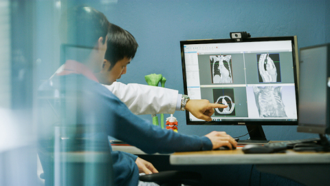 PrinterPrezz brings clinicians, engineers, materials scientists and business people together to 3D p ...