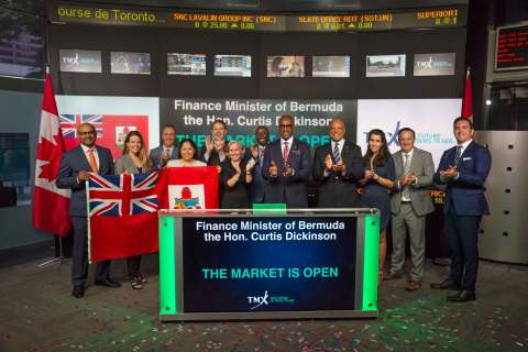 Bermuda Finance Minister Curtis Dickinson carries out a market-opening ceremony with members of a Bermuda delegation at the Toronto Stock Exchange (TSX) yesterday. (Photo: Business Wire)