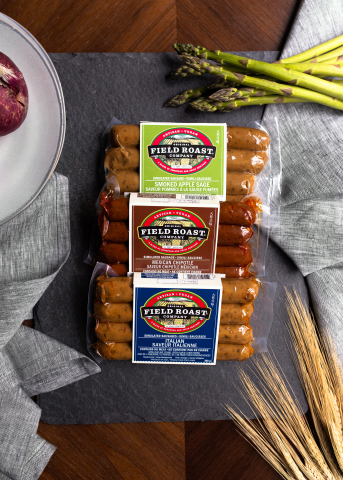 The new 'Super Plant Pizza' will feature Field Roast's Mexican Chipotle Sausage as a crumble. (Photo: Business Wire)