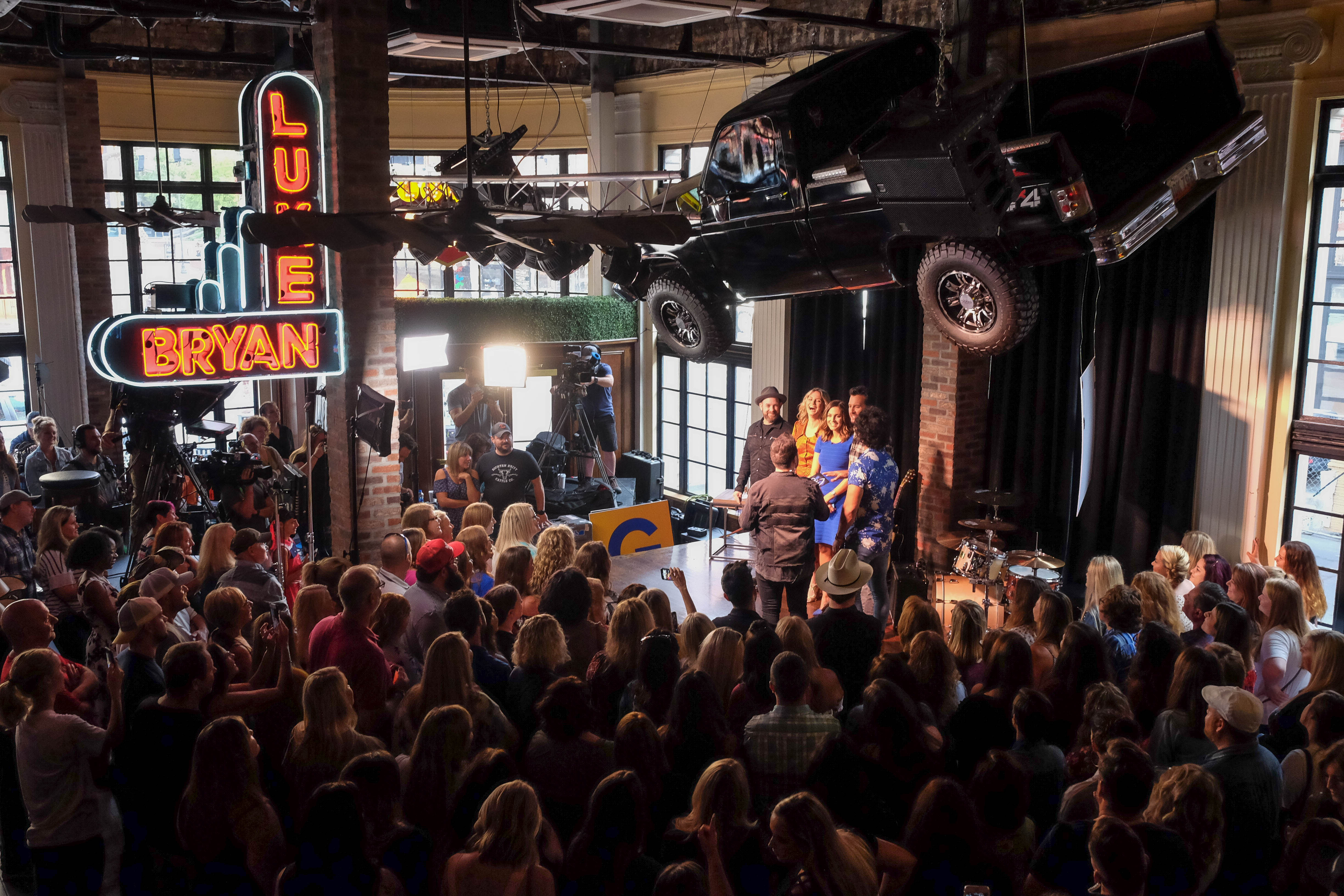 Music City Fun Heats Up with Cool Nashville Dining