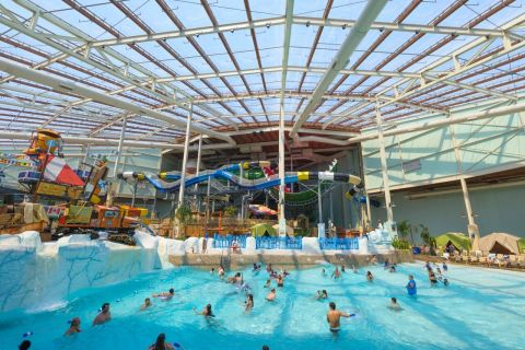 Camelback Lodge & Aquatopia Indoor Waterpark in the Pocono Mountains named Best Indoor Waterpark in the Country by USA Today 10Best. (Photo: Business Wire)