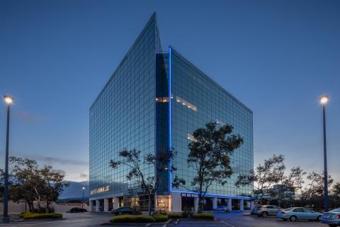 One Bay Plaza (Photo: Business Wire)