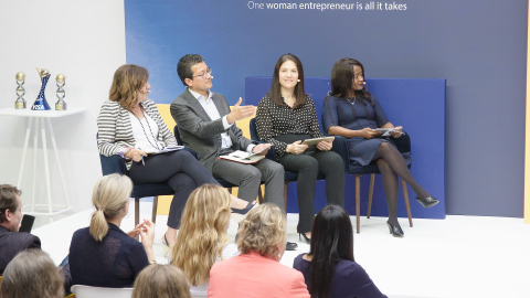 From left to right: Berna Ülman, Executive Director for South Eastern Europe, Visa; Zahid Torres-Rahman, Founder & CEO, Business Fights Poverty; Mary Ellen Iskenderian, President & CEO, Women's World Banking; Marianne Mwaniki, Senior Vice President, Social Impact, Visa Inc. judge the Social Impact Challenge. (Photo: Business Wire)
