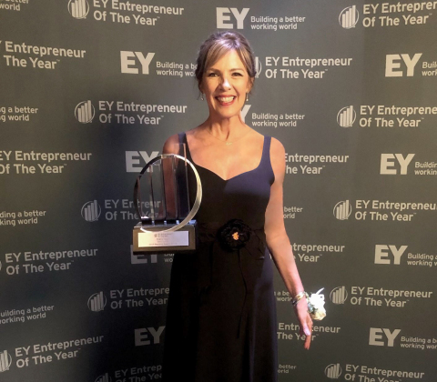 EY announced that Sleep Number Corporation's President & CEO, Shelly Ibach, received the Entrepreneur Of The Year® 2019 Award in the Heartland. (Photo: Business Wire)