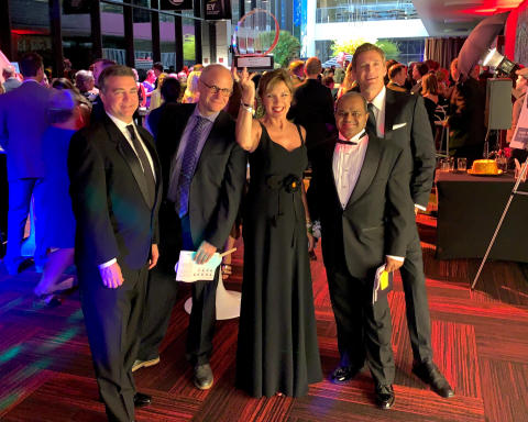 Sleep Number President and CEO, Shelly Ibach, with members of the Sleep Number Executive Leadership team following the Entrepreneur Of The Year® 2019 Award gala. (Photo: Business Wire)