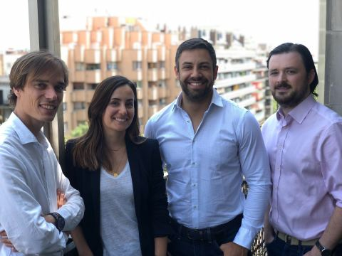 El equipo fundador. Laurent Descout (Consejero delegado), Nuria Molet (Directora Legal), Emmanuel Anton (Director de Producto) y Ian Yates (Director de tecnología). (Photo: Neo Capital Markets)