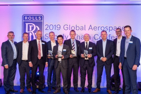 4th from right: Mauro Fioretti - President and CEO Pietro Rosa Group. Rolls-Royce leadership team: Lee Fromson - EVP Compressors, Frazer McIntosh - Head of M.E. Civil Aerospace, Chris Chorlaton - President R-R Civil Aerospace, Alex Hislop – SME Compressors, Warwick Mathews - Procurement and Installations, Sebastian Resch - Ops Director Civil Aerospace, Garry Train – Manufacturing Exec Compressors (Photo: Business Wire)