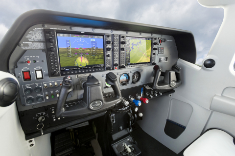 G1000 NXi in a Cessna 206 (Photo: Business Wire)