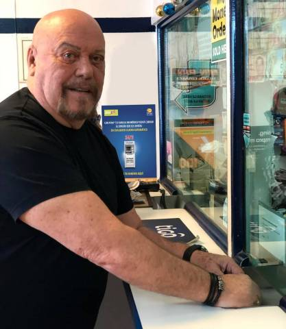"Like Enrique ""El Perro"" Bermudez, Dinex's Clients can now take advantage of Poni's exclusive zero-fee ATM payout solution.  (Photo: Business Wire)"