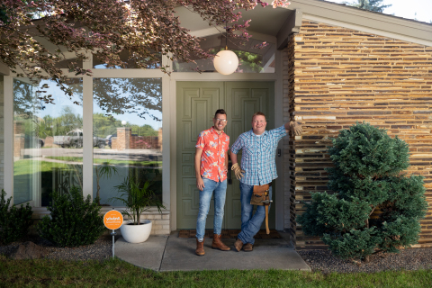"Known as the ""odd couple"" of renovation, Luke Caldwell and Clint Robertson bring a close friendship, complementary styles and excitement for renovation to ""Boise Boys."" (Photo: Business Wire)"