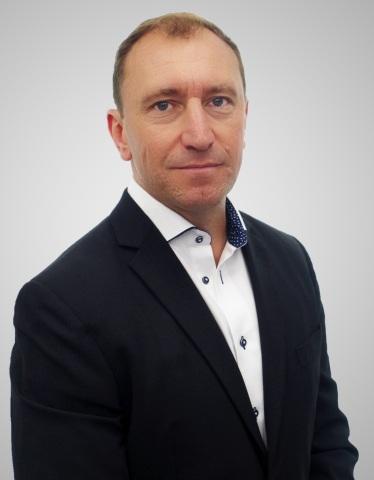 Tony Latham, Director Financiero y Vicepresidente Ejecutivo recientemente nombrado, Bacardi (Foto: Business Wire)