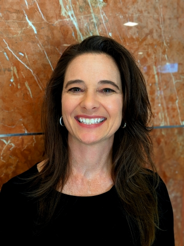 Liz Caracciolo (Photo: Business Wire)