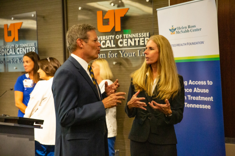 Tennessee Governor Bill Lee and UnitedHealthcare Community & State CEO Heather Cianfrocco discuss the United Health Foundation's new partnership with the Helen Ross McNabb Center to fight substance abuse in East Tennessee (Photo: Erika W. Bentley/Evolve Creative).