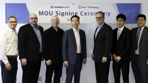 StrongBlock and Hdac MOU Signing Ceremony (From the left) COREY LEDERER, StrongBlock CPO; BRIAN ABRAMSON, StrongBlock CTO; DAVID MOSS, StrongBlock Founder and CEO; DAE SUN CHUNG, Hdac Technology Founder; THOMAS COX, StrongBlock CGO; MUN OK CHO, Director of Tech Research Center Hdac Technology; and YOON SIK CHUNG, Manager of DApp Biz Team Hdac Technology. (Photo: Business Wire)