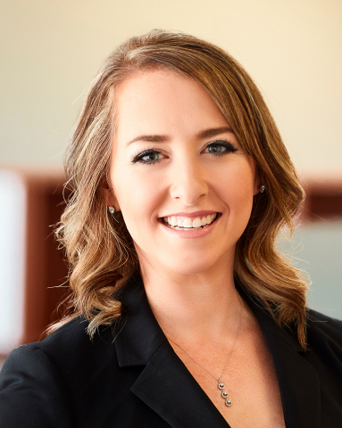 Stephanie Barnhart, First Internet Bank Vice President - Commercial Banking (Photo: Business Wire)