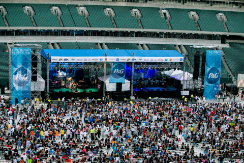 For the fifth consecutive year, The Procter & Gamble Company invites music lovers to unite and groove to the beat of their favorite artists during the Cincinnati Music Festival. (Photo: Business Wire)