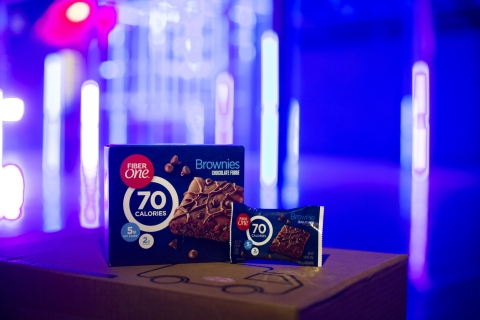 Fiber One Brownies' updated look includes 70 calories, 5g net carbs and 2g of sugar (Photo: Business Wire).