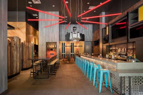 New Hilton Hotels & Resorts survey finds that 73% of young professionals have a better travel experience when they spend free time on their own – from exploring the city to unwinding at the lobby bar. (Photo: Business Wire)