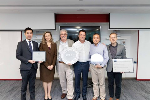 Cook Medical APAC management team receives plaques and certificates from WELL representatives (from left to right): Richard Chang, Senior Director IWBI Asia, Dr. Christine Bruckner, FAIA, Director M Moser Associates, Barry Thomas, Director Asia Pacific & Vice President Cook Medical, Jean-Marc Creissel, Vice President Operations, Greater China and Southeast Asia, Cook Medical, Theodore Wong, Corporate Marketing APAC and Hong Kong Office Manager, Cook Medical and Raefer Wallis, Founder of GIGA & RESET Standard. (Photo: Business Wire)