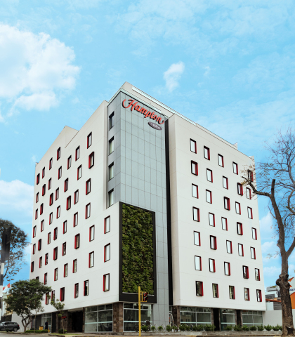 Hampton by Hilton celebrates its 2,500th open property with the brand's first hotel in Peru, Hampton by Hilton Lima San Isidro. (Photo: Business Wire)