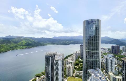 Exterior view of Hyatt Regency Shenzhen Yantian. (Photo: Business Wire)