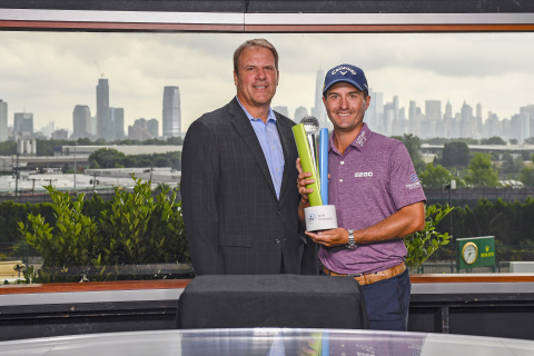 Steve Goulart, Executive Vice President and Chief Investment Officer, MetLife (left) and Kevin Kisner, 2019 MetLife MatchUp Champion (right) (Photo: Business Wire)