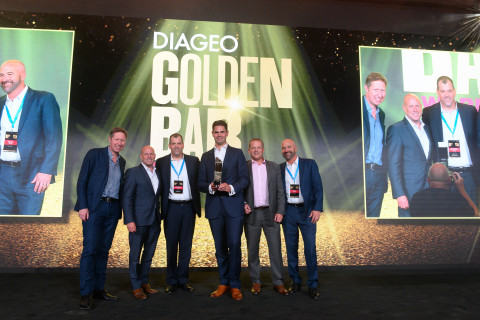 Southern Glazer's Coastal-Pacific Wine & Spirits of California presented with Innovation Excellence Golden Bar Award. (Photo: Business Wire)
