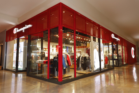Champion® Athleticwear hits the jackpot with new store in Las Vegas in the center of the strip. (Photo: Business Wire)