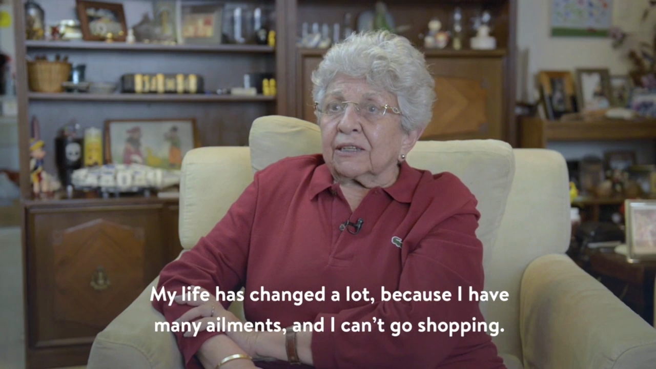 Walmart Mexico customer testimonial (this video is in Spanish with English subtitles)
