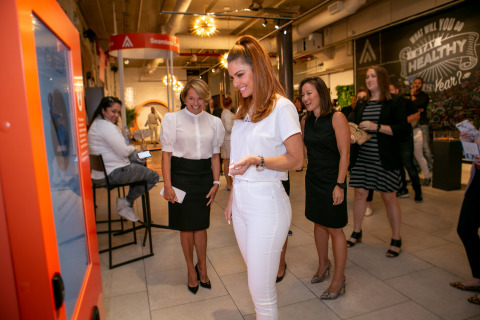 Katie Couric and Rally Health Ambassador Maria Menounos promote healthy habits at Rally's Healthy Living Pop-up in New York City. (Photo: Rally Health)