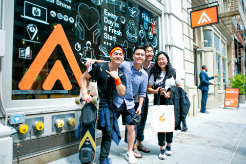 Rally Health encourages New Yorkers to refresh their health goals for the rest of the year at its Healthy Living Pop-up in New York City. (Photo: Rally Health)