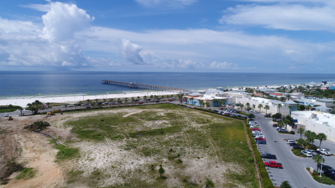 Site of the planned Embassy Suites Hotel in Panama City Beach, Florida (Photo: Business Wire)