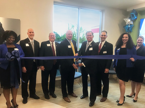 Attendees for the Dollar Bank Lynnhaven Office ribbon cutting included (left to right): Sheryl Sanders (Assistant Branch Manager, Dollar Bank), Brian Phelps (Vice President Branch Banking, Dollar Bank), David Paradise (Senior Vice President Virginia Division, Dollar Bank), Jim McQuade (President and Chief Executive Officer, Dollar Bank), Bryan Stephens (President and Chief Executive Officer, Hampton Roads Chamber), Tage Counts (Vice President, Member Development, Hampton Roads Chamber), Erika Thompson, (Branch Manager, Dollar Bank), Nicole Gray (Personal Banker, Dollar Bank). (Photo: Business Wire)