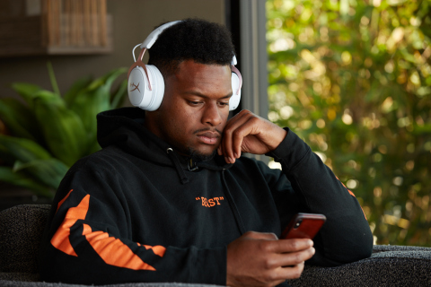 HyperX Signs JuJu Smith-Schuster to a Two-Year Lifestyle and Gaming Brand Ambassador Deal. (Photo: Business Wire)