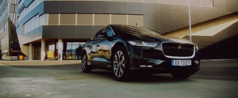 Jaguar Land Rover and ENGIE Lab CRIGEN team up to co-create and showcase IOTA-enabled Sustainable Energy Innovation at ENTRA's newly commissioned smart building. (Photo: Business Wire)