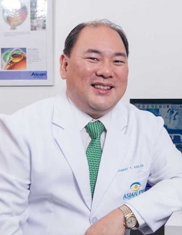 Robert T. Ang, M.D., Head of Cornea and Refractive Surgery Services at the Asian Eye Institute. (Photo: Business Wire)