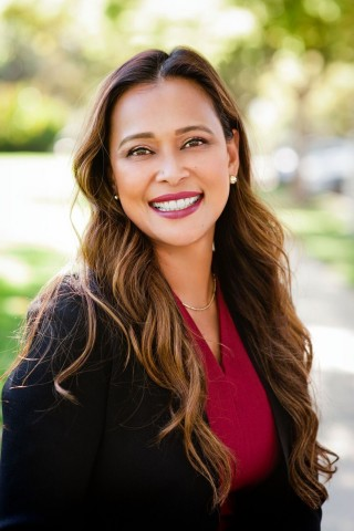 Michelle Marquez of Marquez Private Wealth of Raymond James (Photo: Business Wire)
