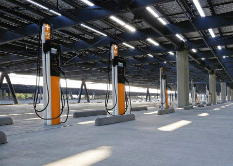 ChargePoint, the world's largest EV charging network, expands access with more commercial and residential spots and new features, making it easier than ever to transition to electric. (Photo: Business Wire)