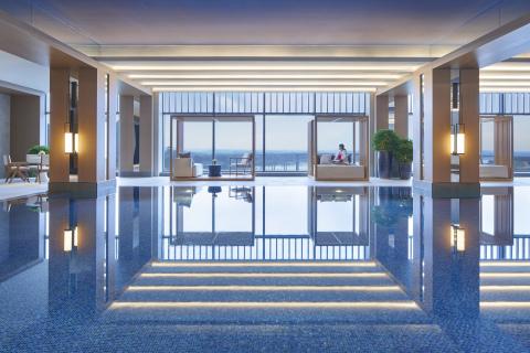 Hyatt Regency Zhuzhou Indoor Pool (Photo: Business Wire)