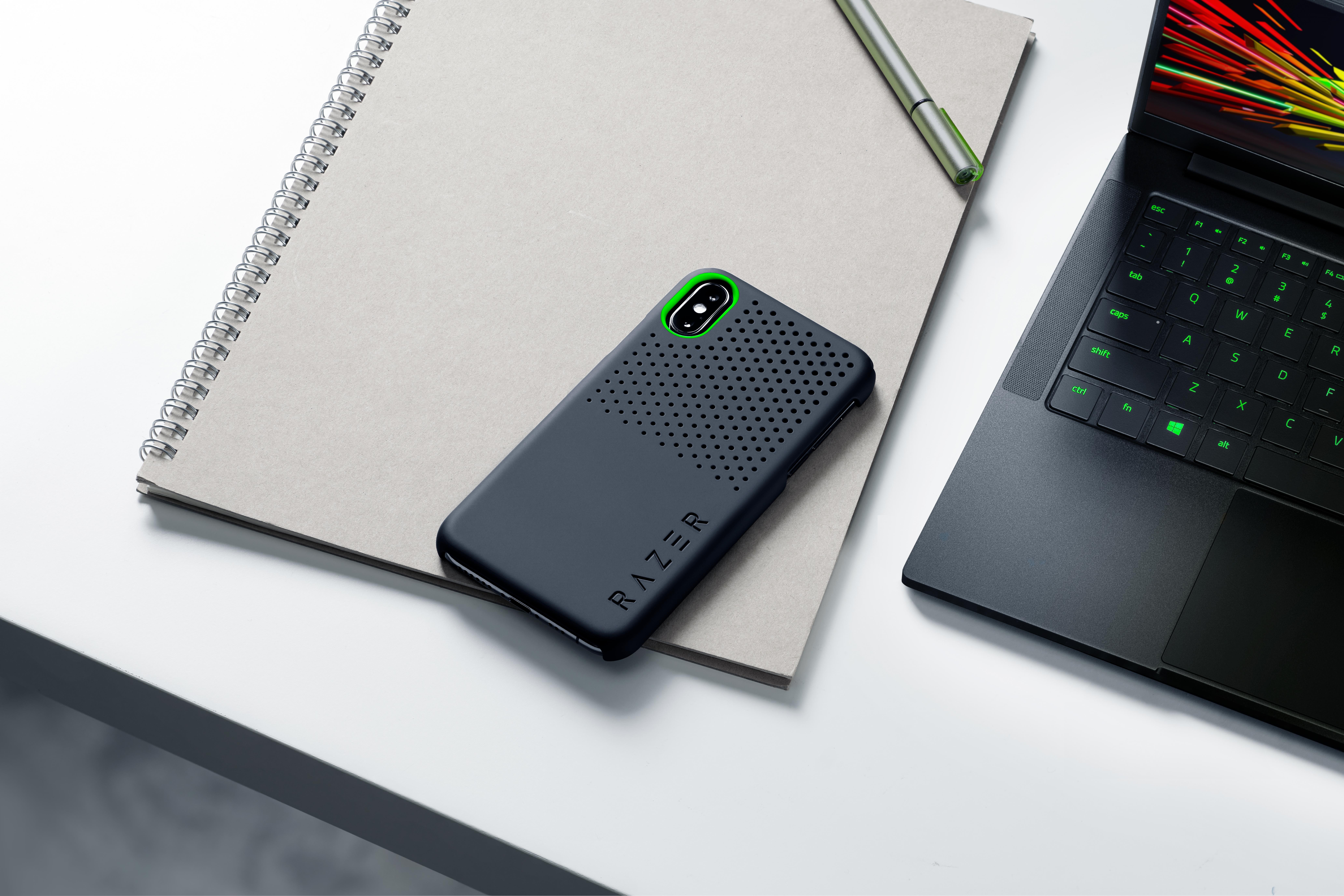 Iphone Cases Don T Get Any Cooler Than The Razer Arctech