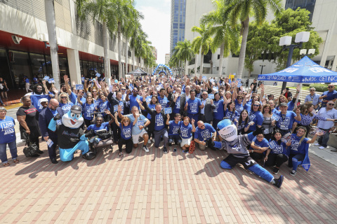 South Florida gathered to celebrate and support Miami Dade College for its annual day of giving and school pride, I AM MDC Day. (Photo: Cristian Lazzari)