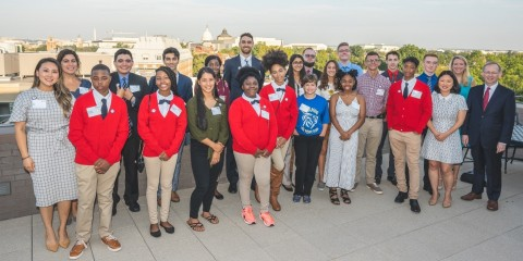 Samsung celebrates former Solve for Tomorrow teachers and students who over the past nine years developed STEM solutions to address issues in their communities at the Samsung Solve for Tomorrow launch event on September 12, 2019 in Washington, D.C. (Photo: Business Wire)