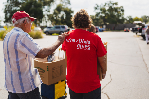 Southeastern Grocers, parent company of BI-LO, Fresco y Más, Harveys and Winn-Dixie stores, announces seven mobile food pantries in partnership with Feeding America® food banks as part of its ongoing effort to fight food insecurity. (Photo: Business Wire)