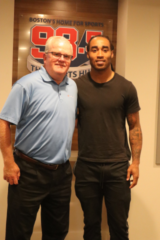 Mark O'Connell, President and CEO of Avidia Bank with Stephon Gilmore, New England Cornerback (Photo: Business Wire)