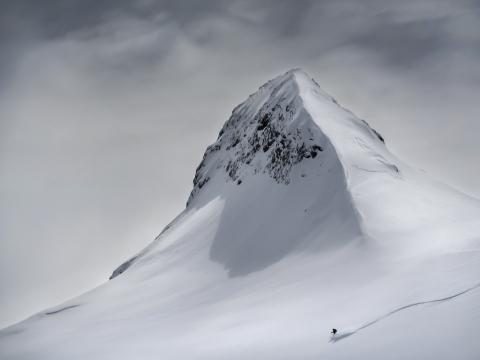 Skier heading down a mountain slope in Slovenia (Colin Ronald, Austria)