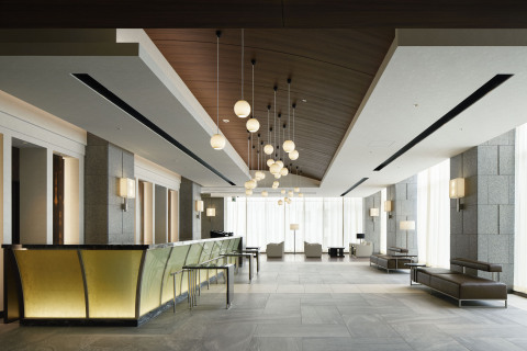 Hotel JAL City Sapporo Nakajima Park lobby (Photo: Business Wire)