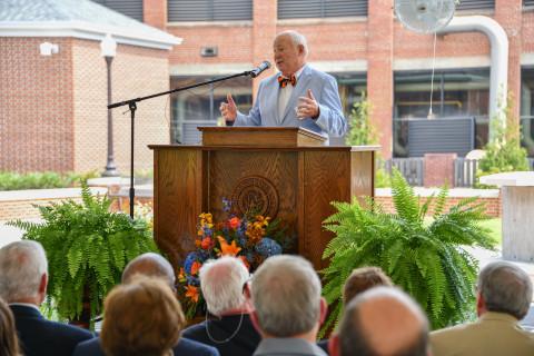 MFG Chemical Founder Charles E. Gavin III addresses Auburn University at September 13, 2019, dedication of Harbert Business College's Gavin Terrace and Christopher B. Roberts Engineering College's Carol Ann Gavin Garden. (Photo: Business Wire)