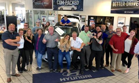 The fun and helpful team at Lithia Hyundai of Reno (Photo: Business Wire)