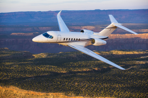 The clean-sheet design of the Longitude integrates the latest technology throughout the aircraft, including the next evolution of the Garmin G5000 flight deck. (Photo: Business Wire)